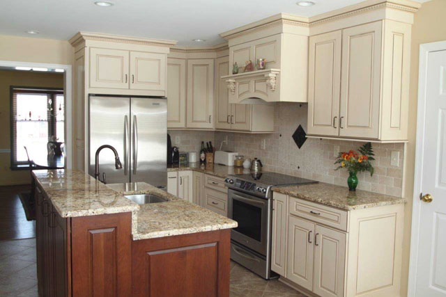 how much should a full kitchen remodel cost