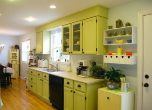green kitchen remodel ideas_75